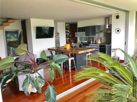 venta de moderno apartamento en san lucas medellin