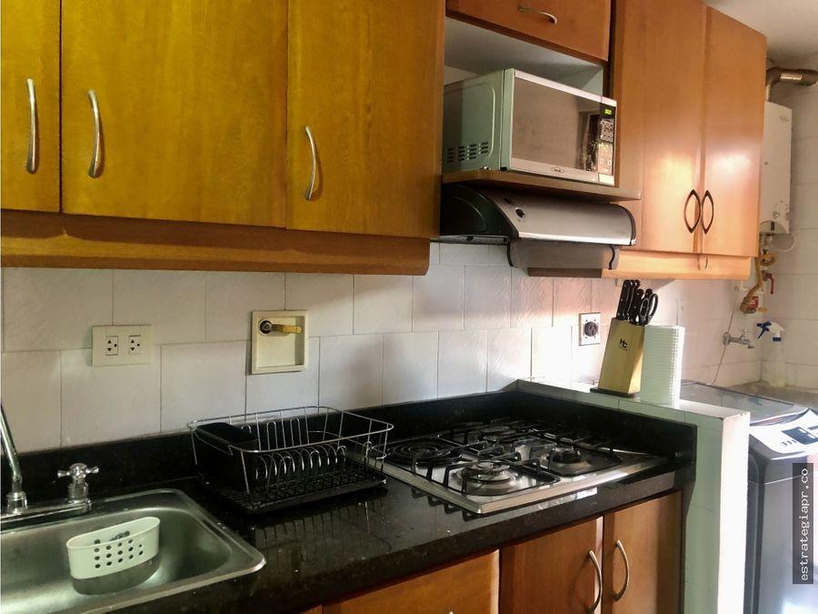 apartamento bien ubicado en laureles medellin
