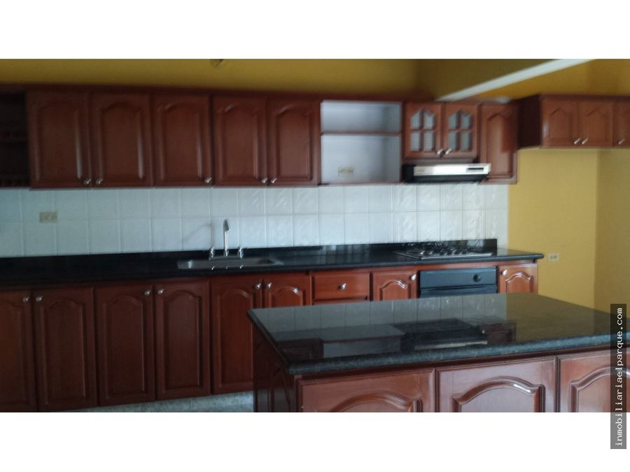 arriendo amplia casa familiar barrio kennedy