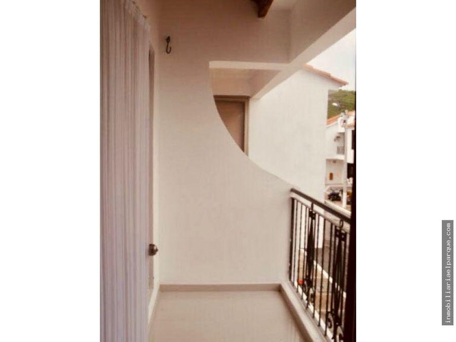 se vende casa en balcones de casa loma