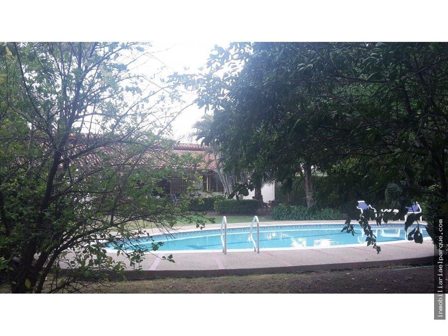 en versalles casa con piscina privada