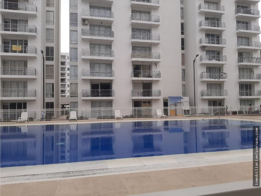 se arrienda apartamento en aqualina green
