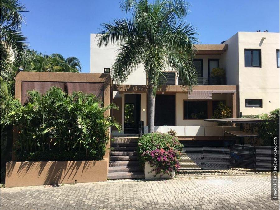 se vende hermosa casa en lagos del penon