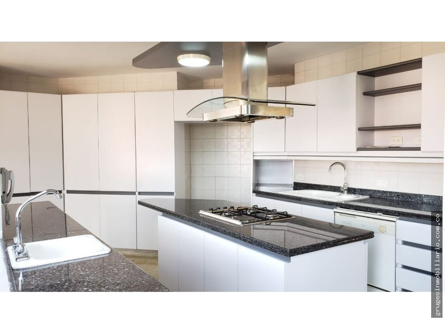 venta laureles penthouse duplex medellin