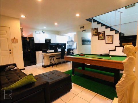 apartamento de 2 pisos en albrook grv 030720