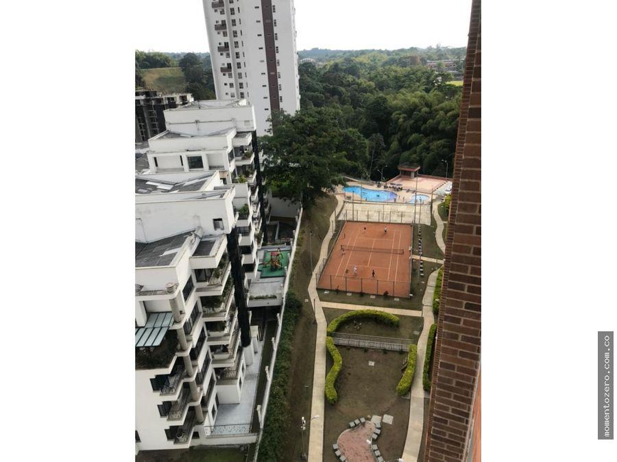 hermoso apartamento en pinares con amplia zona social y deportiva