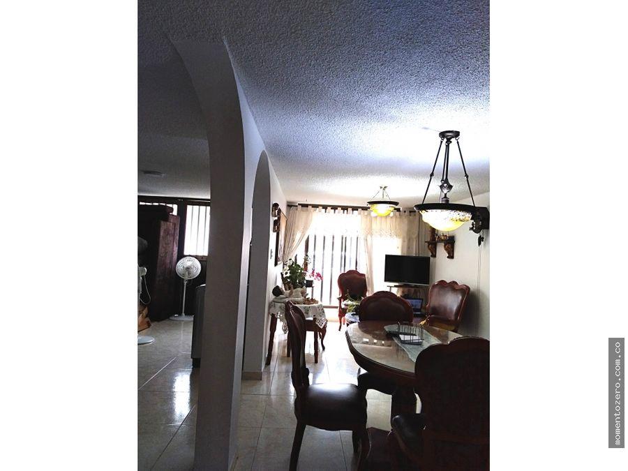 venta amplia casa en corales pereira