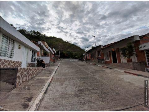 casa 1 piso barrio monte esmeralda cartago valle