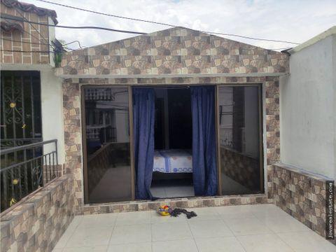 vendo casa 2 pisos barrio palmeras del norte cali valle