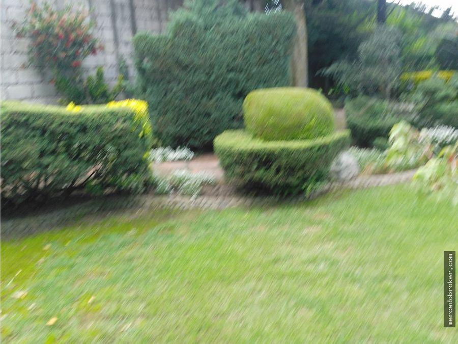 preciosa residencia en hda de cacalomacan