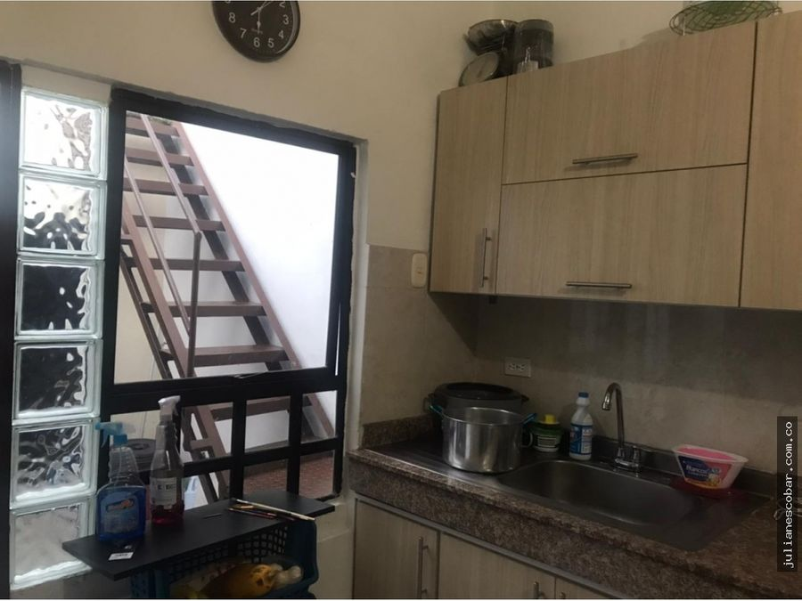 venta apartamento champagnat segundo piso ph