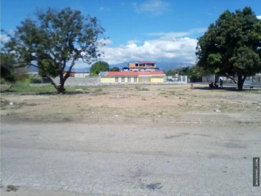 ancoven premium terreno en guacara