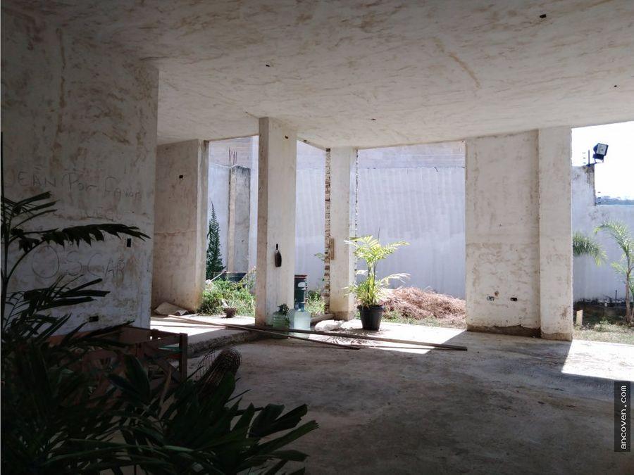 ancoven premium vende casa en lomas del country