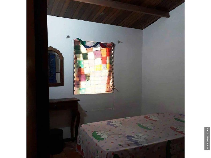 casa semiamoblada urb la esmeralda san diego vende ancoven master