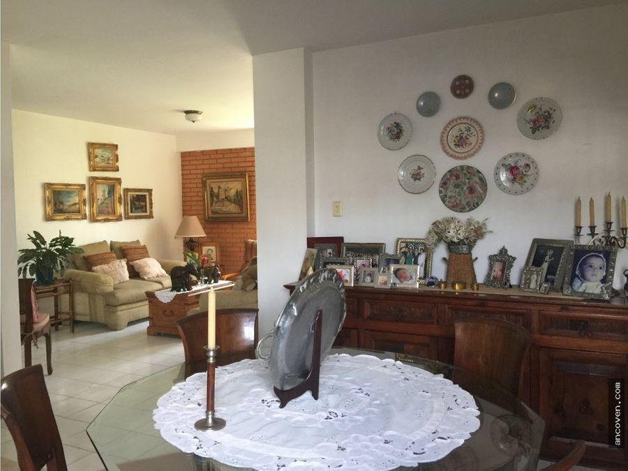 ancoven vende comodo apartamento urb la granja