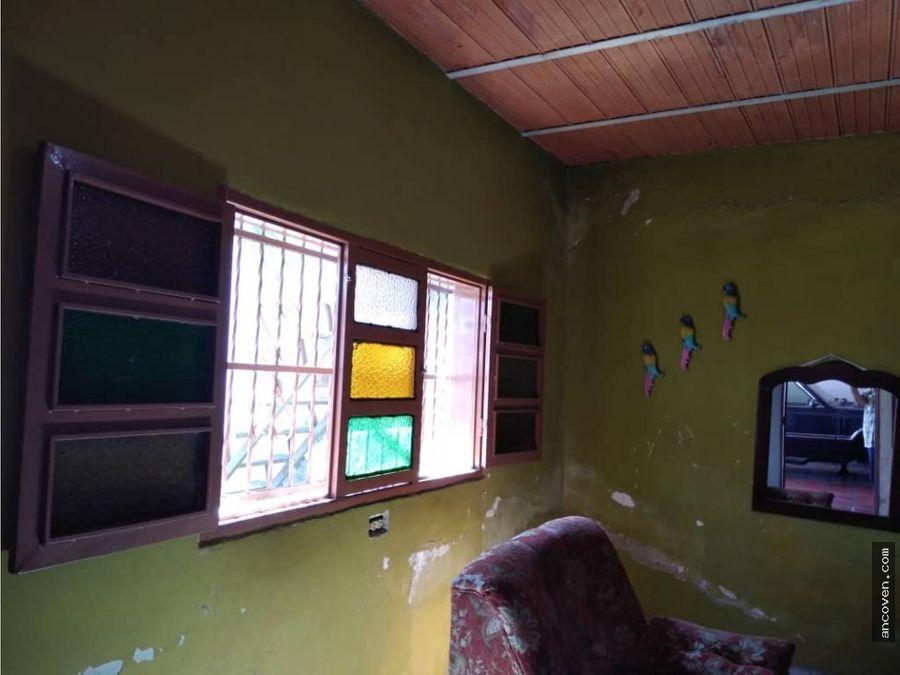 ancoven premium vende casa en los guayos