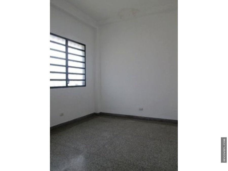 ancoven alquila oficina 500 m2 en la av bolivar