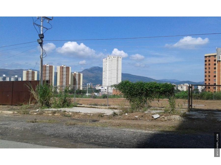 ancoven premium vende terreno en jardin manongo