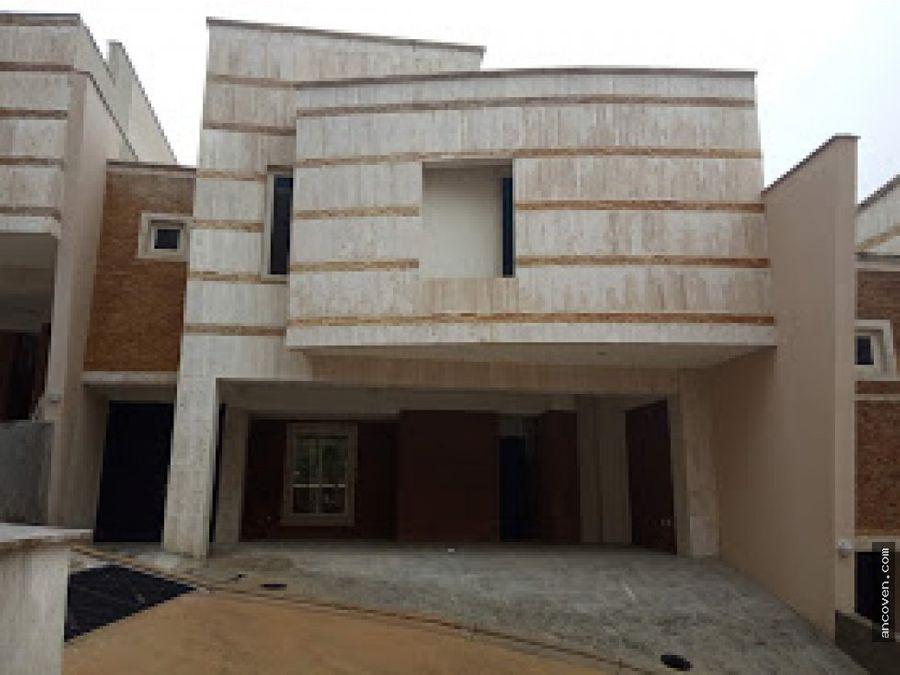 ancoven premium vende casa terrazas del country