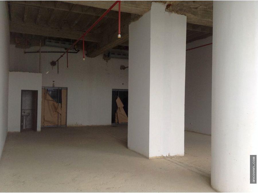 ancoven master vende oficina a estrenar en el world trade center