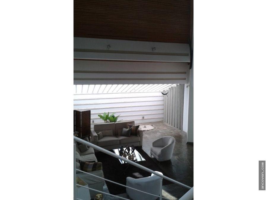ancoven vende bella casa en altos de guataparo