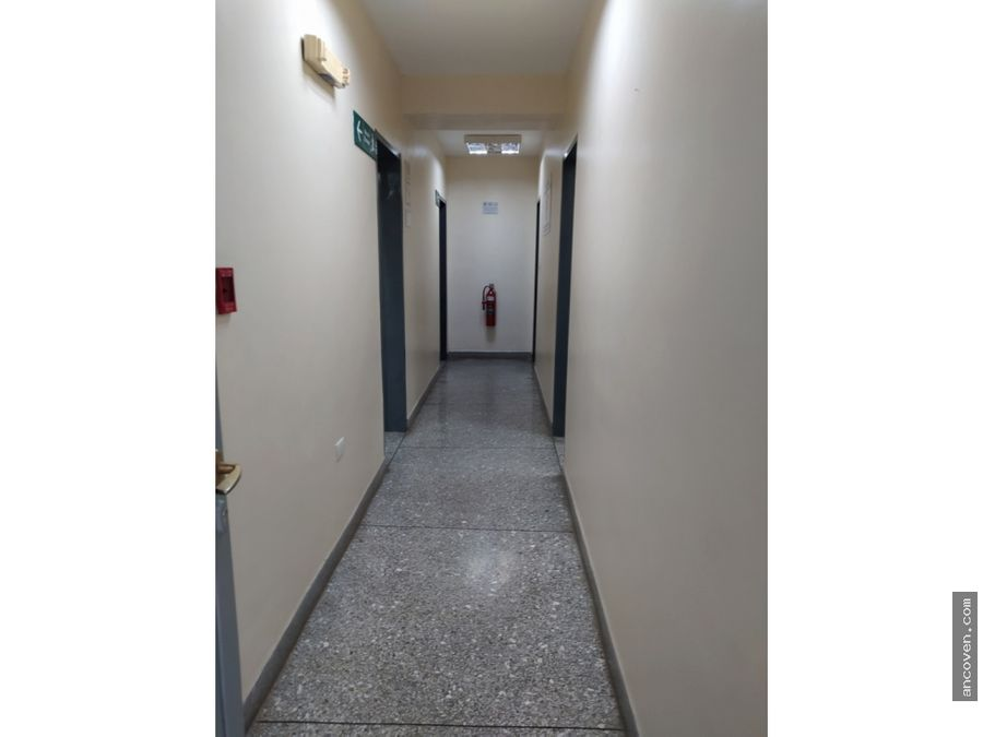 ancoven premium vende edificio en naguanagua