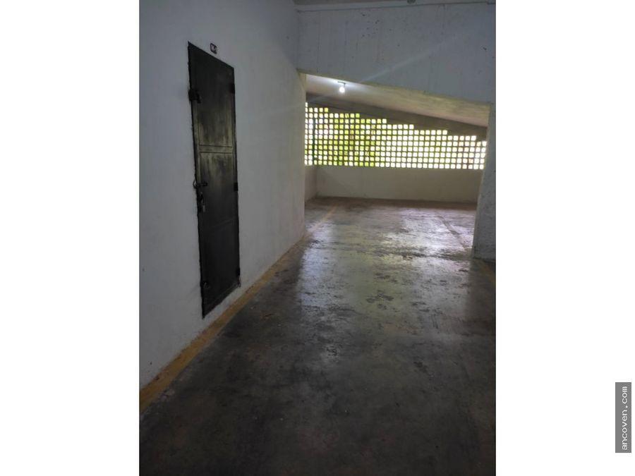 en venta apartamento en lomas de los mangos