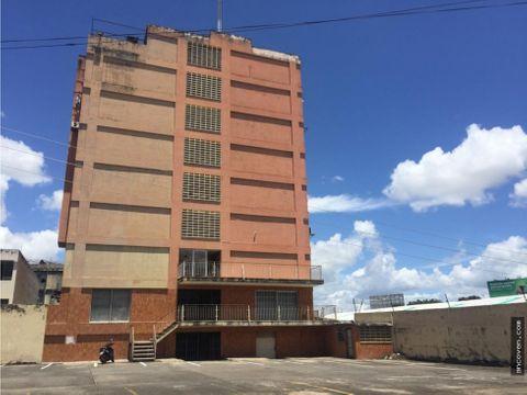 ancoven master vende oficina en avda bolivar norte valencia