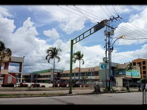 ancoven premium vende locales comerciales en cc paraparal plaza