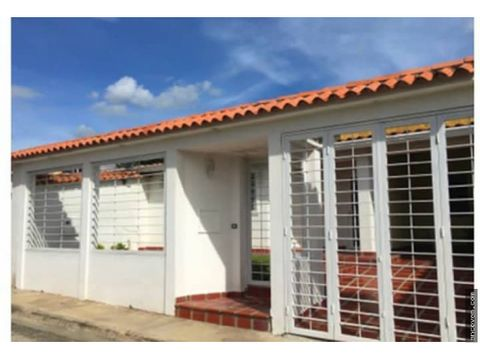 ancoven premium vende casa en la victoria urbanizacion manantial