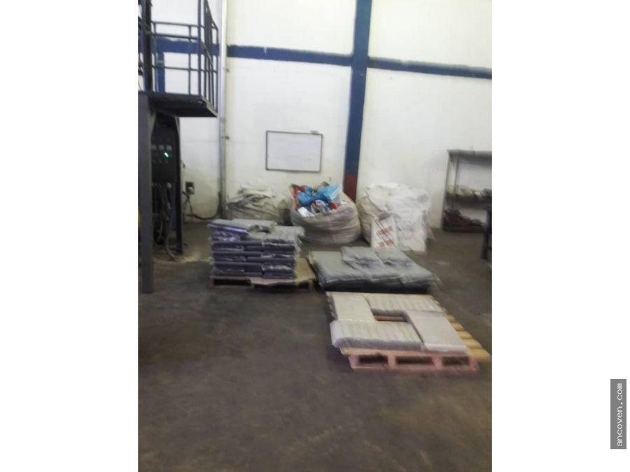 galpon y fondo de comercio fabrica de plasticos vende ancoven master