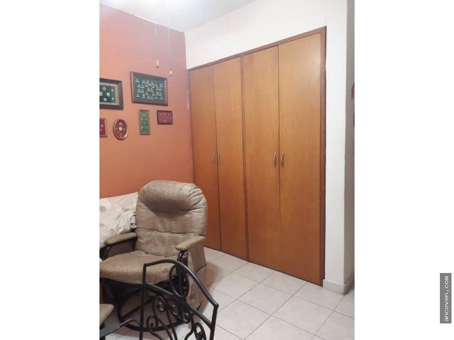 se vende apartamento en valle de camoruco