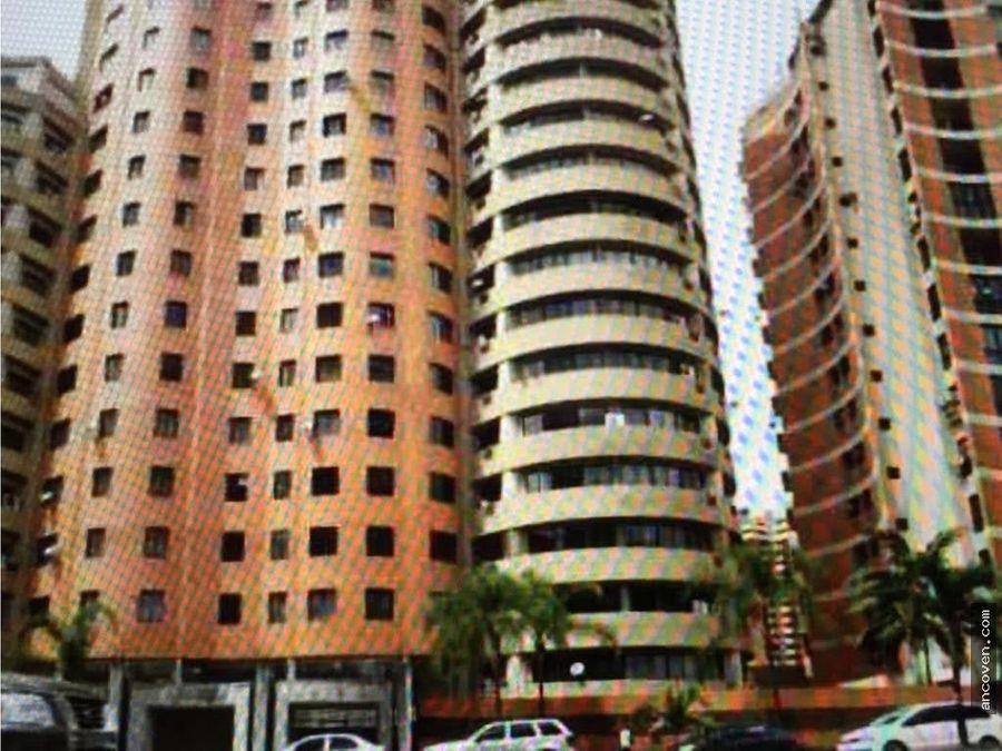 se vende apartamento de los mangos ancoven premium