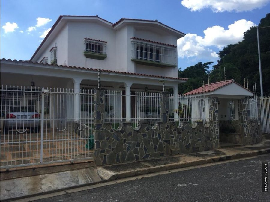 ancoven vende casa en prebo
