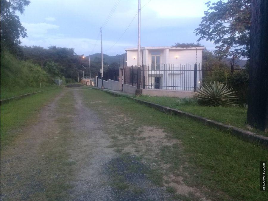 ancoven vende casa en colinas de guataparo