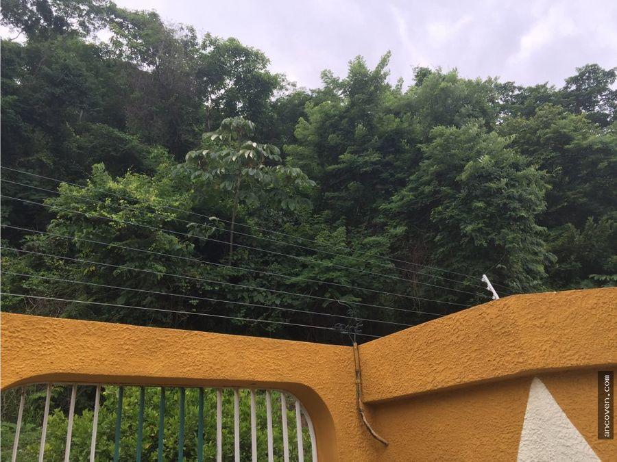 ancoven vende casa en calle cerrada el trigal