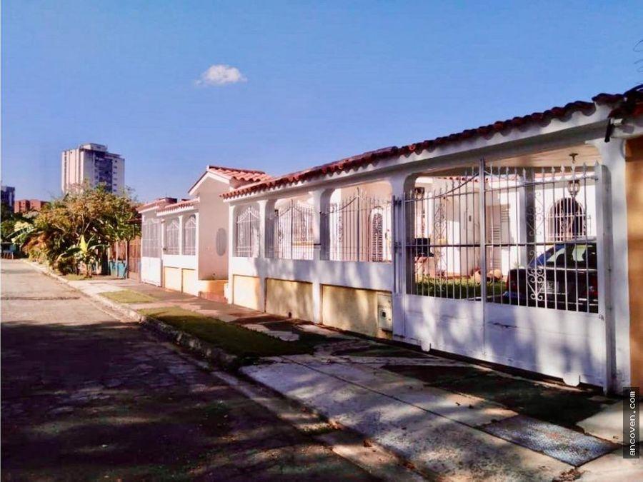 ancoven vende casa calle cerrada valles camoruco
