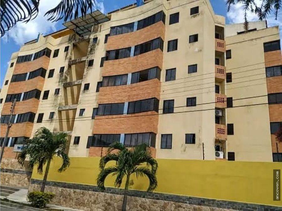apartamento en naguanagua urbanizacion rotafe vende ancoven master