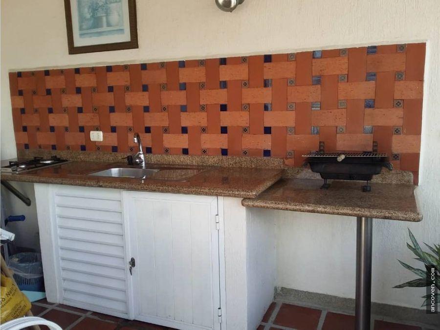 ancoven master vende penthouse en puerta de piedra urb los mangos
