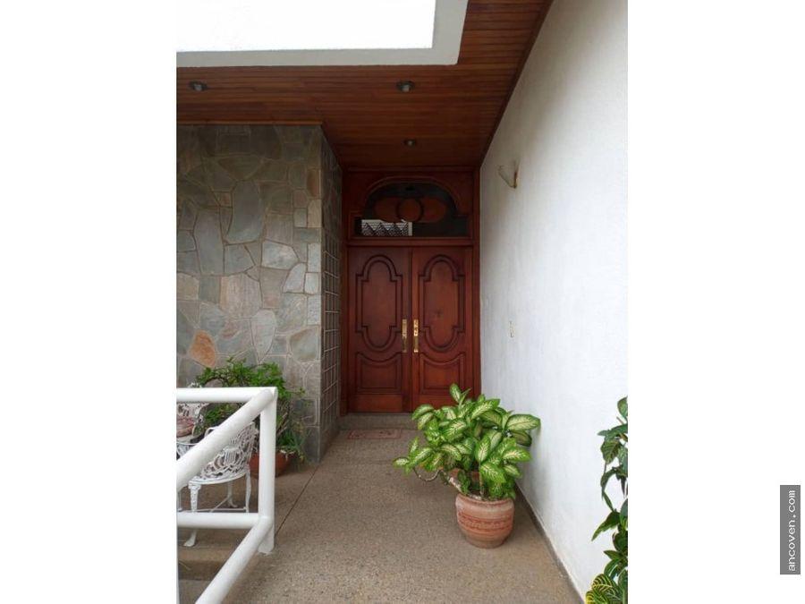 se vende casa en altos de guataparo ancoven premium