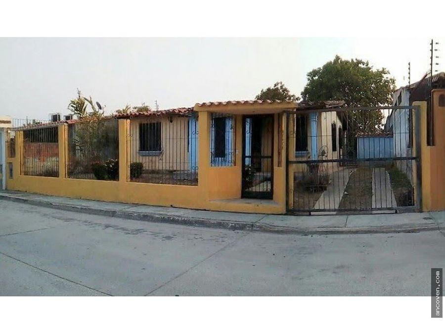 ancoven premium vende casa de 504 m2 con ambiente campestre