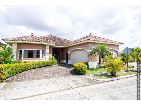 vendo bella casa en costa sur claudia 67899902