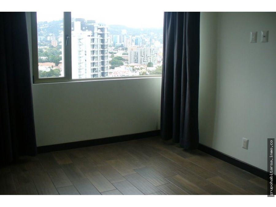 zona 10 alquilo apartamento ultimo nivel