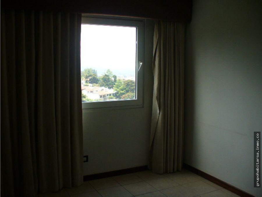 alquilo apartamento en zona 14 edificio vista real