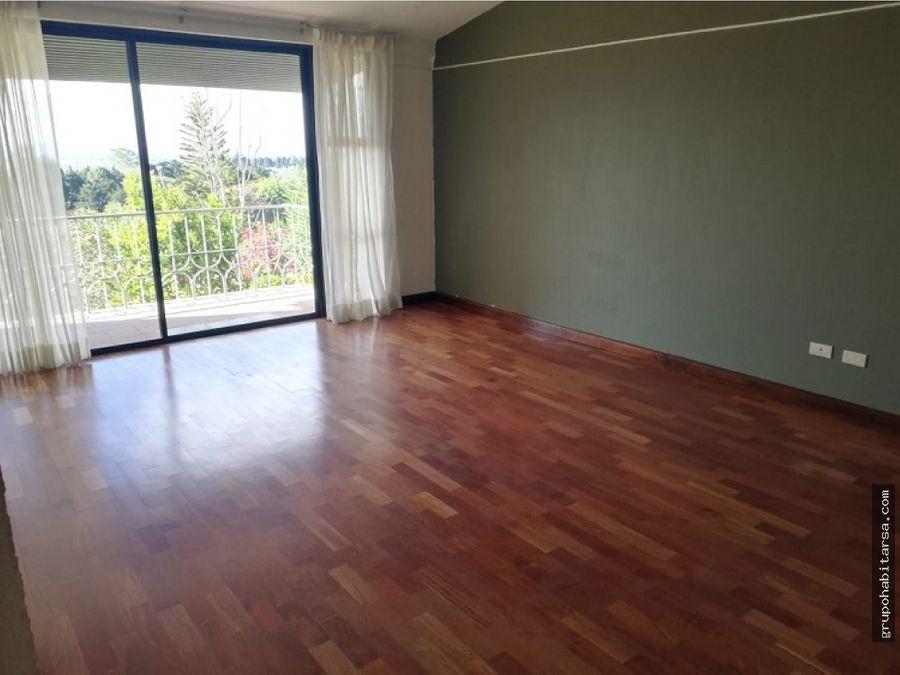 ventaalquiler zona 16 casa en condominio condominio la montana