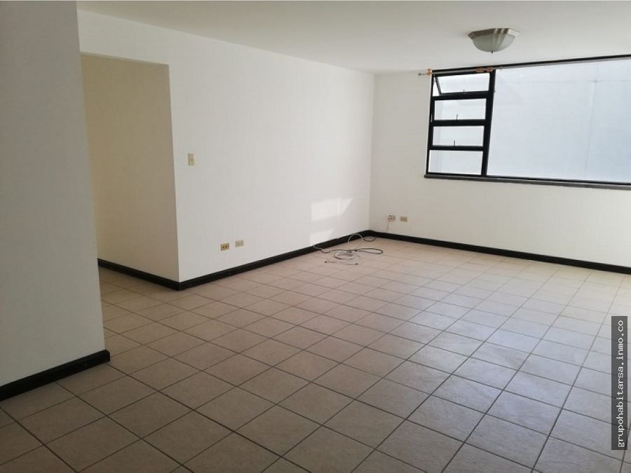 alquilo apartamento zona 14 nivel medio
