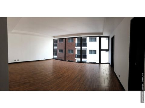 vendo apartamento en zona 15 nivel medio