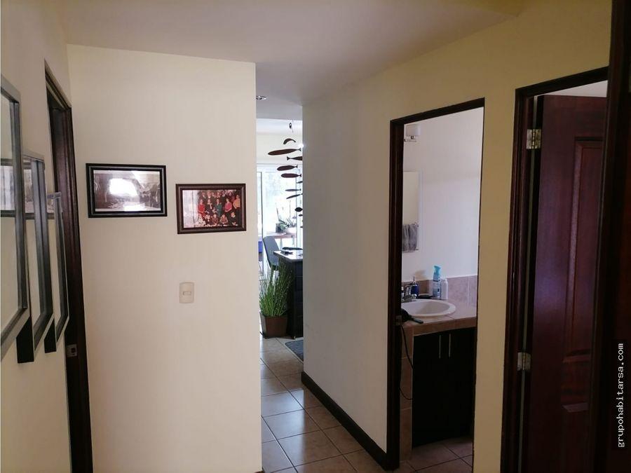 vendo apartamento en carretera a el salvador entreluces primer nivel