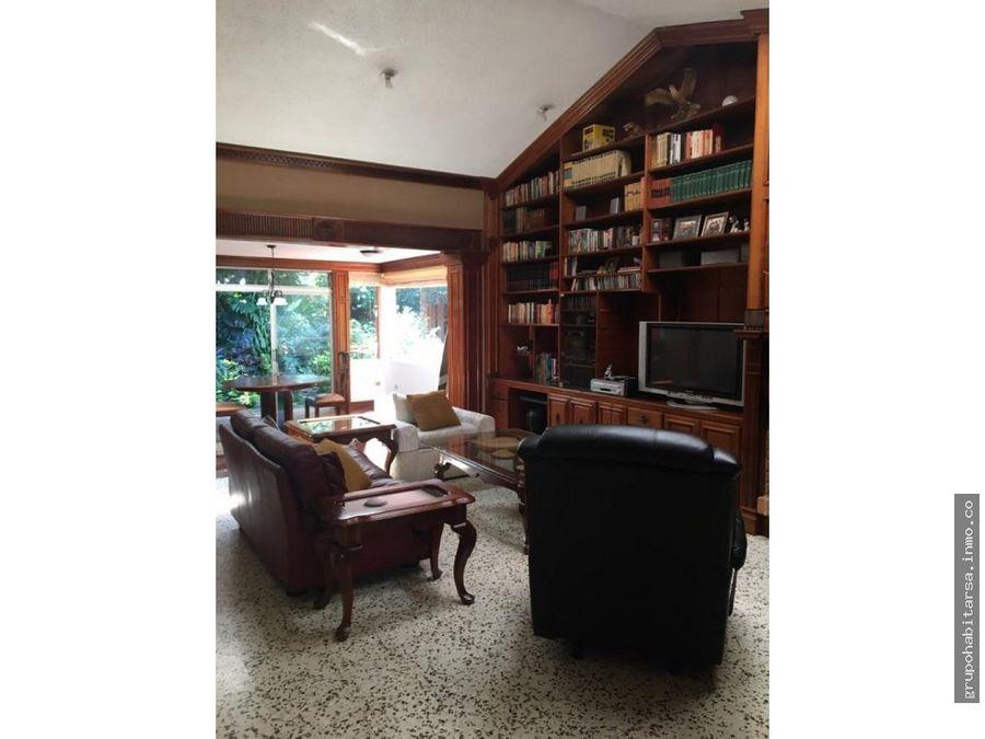 venta casa sobre blvd principal la montana zona 16