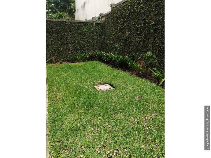 rento zona 16 casa jardines del rosario c